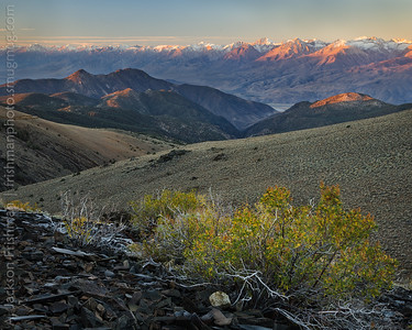 Dawn on the eastern Sierra front, viewed from the White Mountains, October 2015.